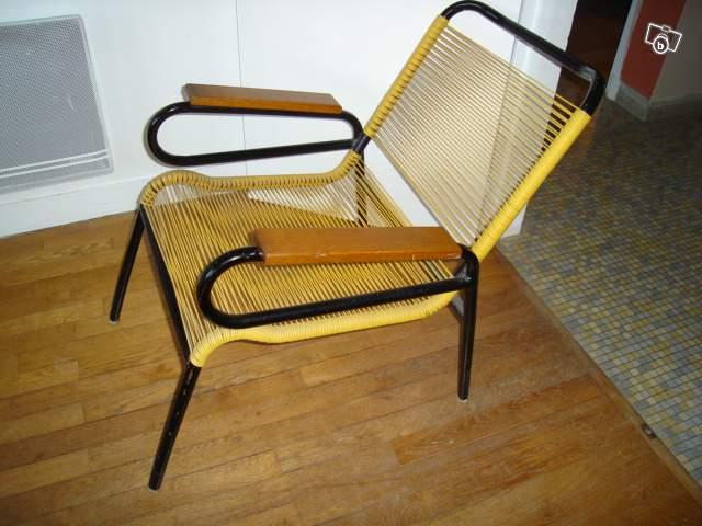 Fauteuil scoubidou m tal accoudoirs bois l 39 atelier azimut - Chaise scoubidou vintage ...
