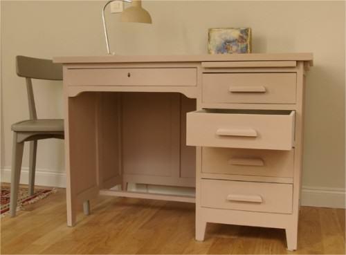 comment rajeunir un meuble l 39 atelier azimut. Black Bedroom Furniture Sets. Home Design Ideas