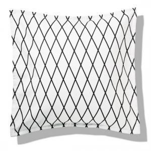 coussin-losanges-noir-et-blanc-design-remember-marlene-kdesign