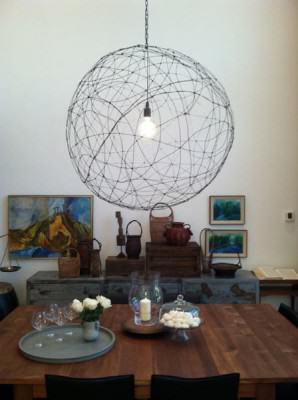 suspension globe fil de fer l 39 atelier azimut. Black Bedroom Furniture Sets. Home Design Ideas