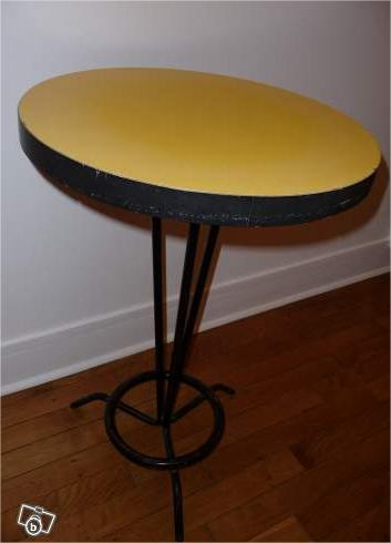 table-bistrot-formica-jaune-l-atelier-azimute