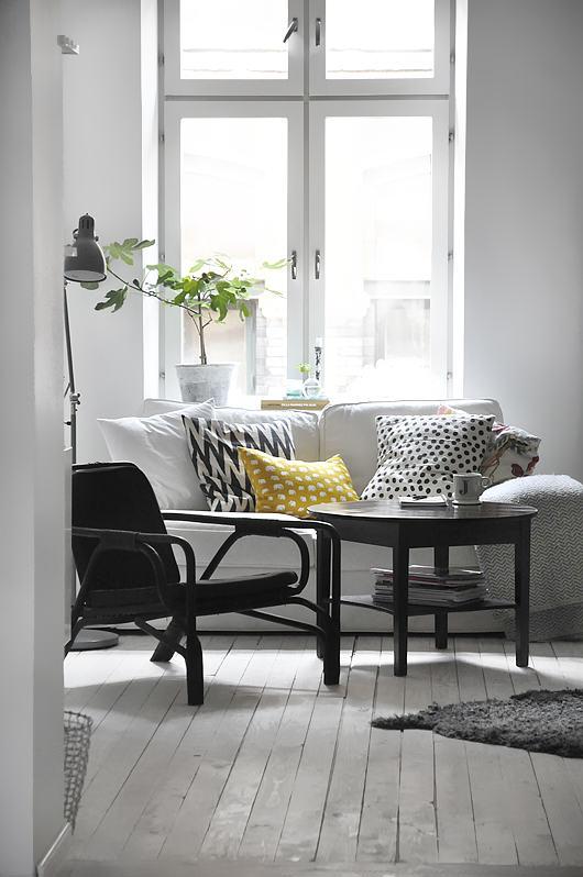 Inspiration Couleur : Noir, jaune, blanc - séjour