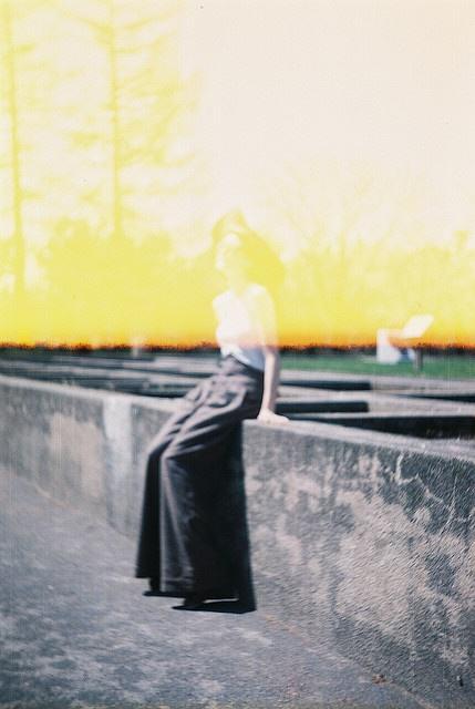 Inspiration couleurs noir, jaune, blanc.