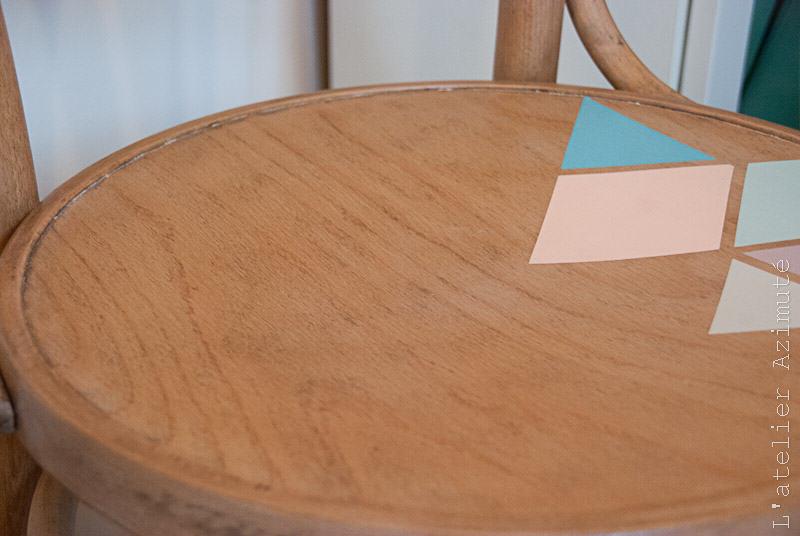 L-atelier-azimute-chaises-bistrot-motifs-pastel-10