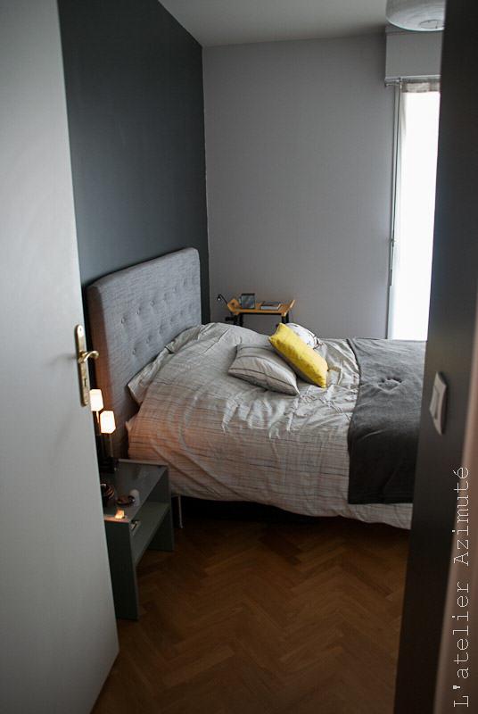 L-atelier-azimute-relooking-chambre-moderne-gris-jaune-10