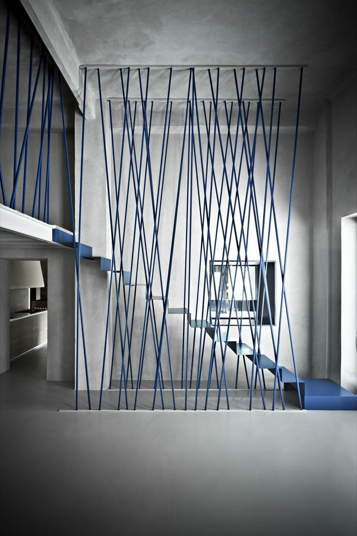 escalier-feuille-metal-cables