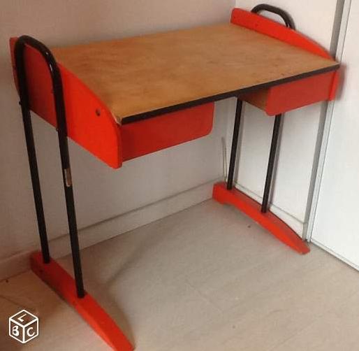 bureau-enfant-vintage-orange